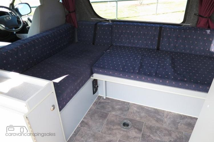 2005 Frontline Toyota Hiace Camper – AUTO – NEW SHAPE