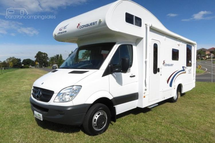 2010 Jayco Conquest – ISLAND BED - MERCEDES