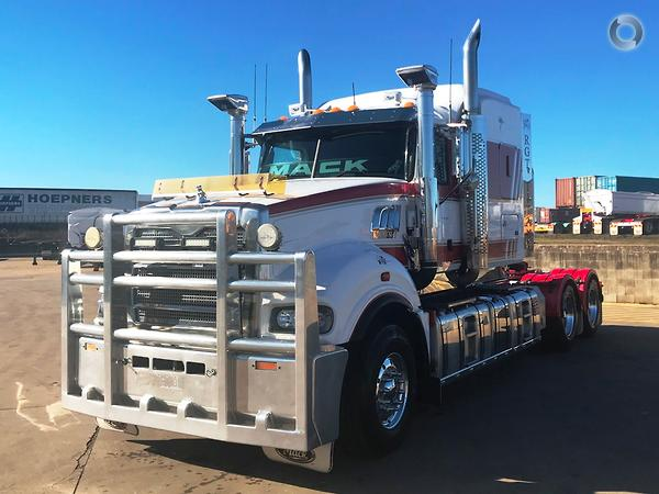 2013 Mack Superliner available at Brown and Hurley - Brown
