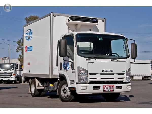 1ea89f5793 Scully RSV - 2013 Isuzu NPR 45 55-155 Scully RSV 2 Ton 2P Thermo ...