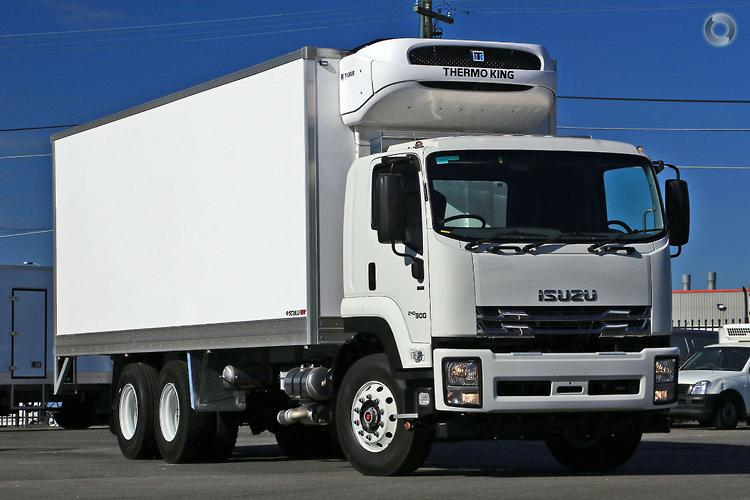 5023066bda 2018 Isuzu FVM 240-300 Scully RSV 12 Ton 14 Pallet Arctic Cargo Freezer ·  New  Refrigerated Truck